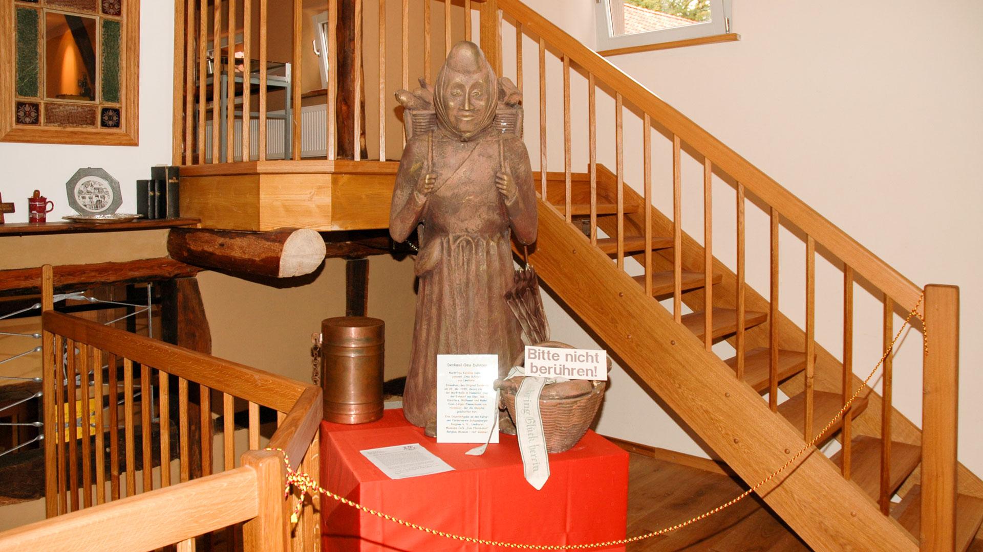Bergbaumuseum Statue